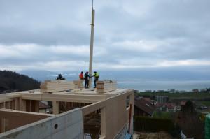 Insertion d'un poteau vertical de 9m de haut.