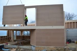 Construction des murs du 1er étage.