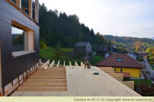 05.11.16. La sous-couverture de la future terrasse végétalisée est posée.