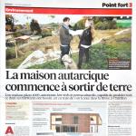 """Article de presse: """"la maison autarcique sort de terre"""", 24 heures - 26.10.2015."""